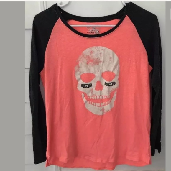 Under Armour Other - 5/$20 UA Coral Skull Top Youth XL (or Adult Small)